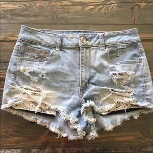 AE distressed shorts 🌼